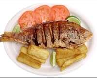 Pescado de asado en brasa (Riberalta)